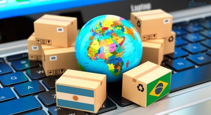 Mua hàng trực tuyến nước ngoài gửi về sẽ phải nộp thuế, khai hải quan